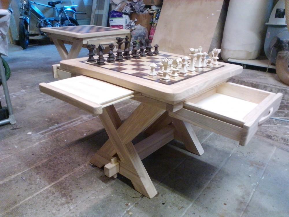table echiquier bois. Black Bedroom Furniture Sets. Home Design Ideas