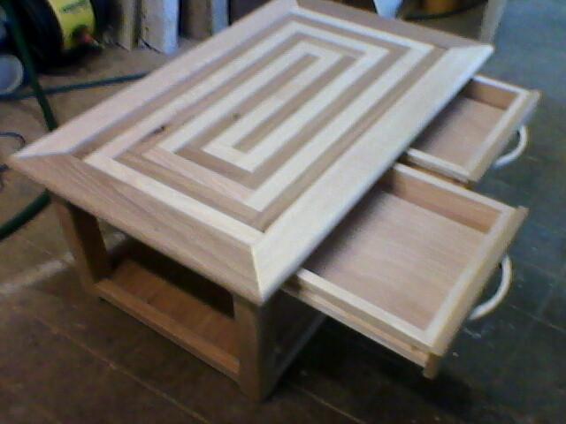 Table basse spirale fr ne ch ne meuble menuiserie fagot for Peinture effet bois