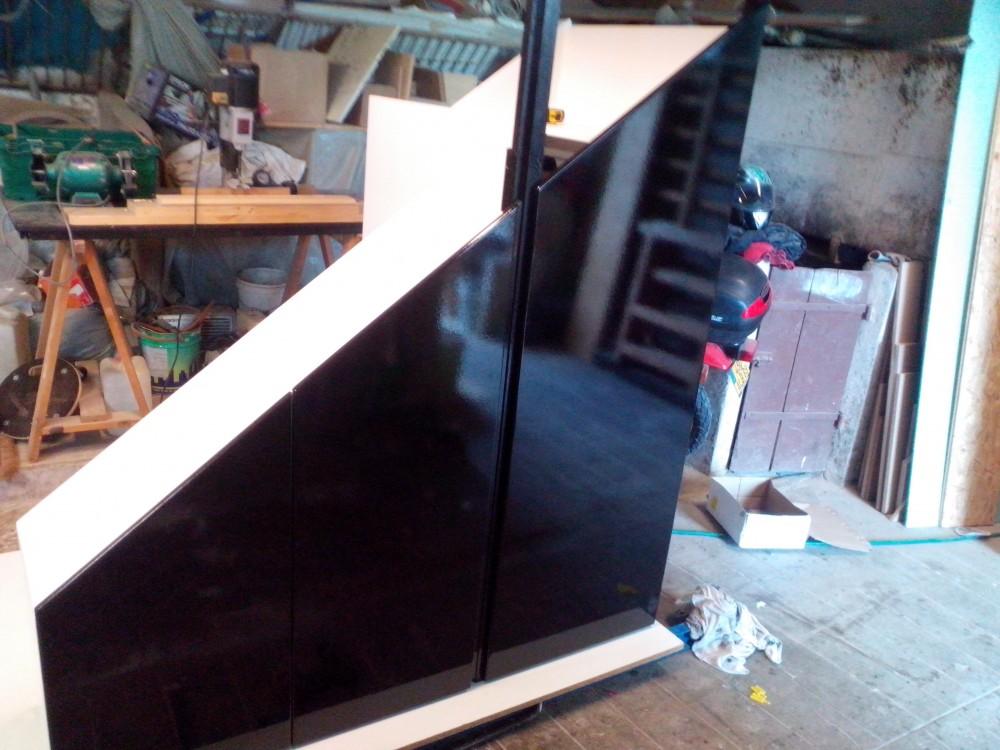 Placard escalier trap ze menuiserie fagot - Placard coulissant sous escalier ...